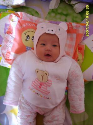 查看原图 相片描述:我们的小鑫儿2个月的时候,可爱的粉嘟嘟的小猪