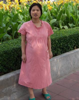 妈妈大肚子的画全家人三个人_31w大肚子妈妈的孕妇照